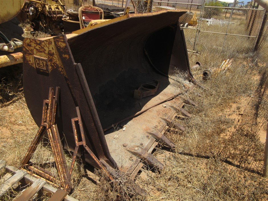 GP Bucket to suit Cat 960 or 966 Loader
