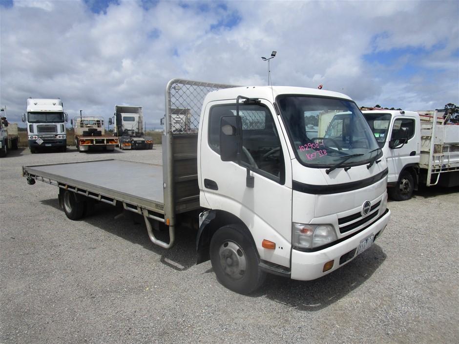2002 Hino 300 4 x 2 Tray Body Truck