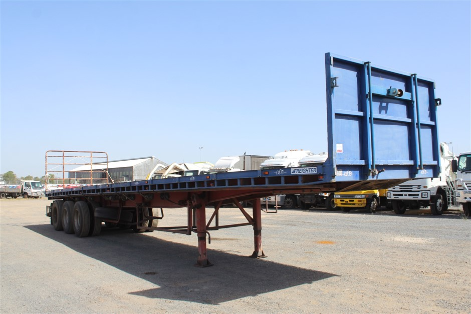 Freighter Triaxle Flat Top Trailer
