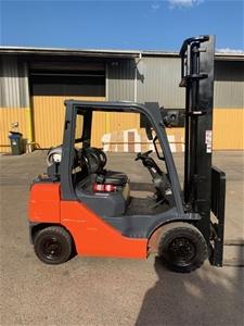 TOYOTA 8fg25 Counter Balance Forklift