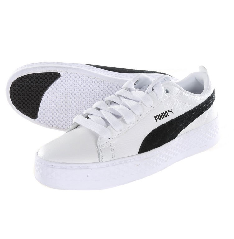 Pair Women`s PUMA Smash Platform Casual Sneakers, UK Size 5.5, Black/White.