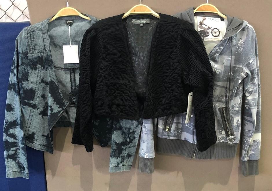 A quantity of 3 Women's Jackets (Pooraka, SA)