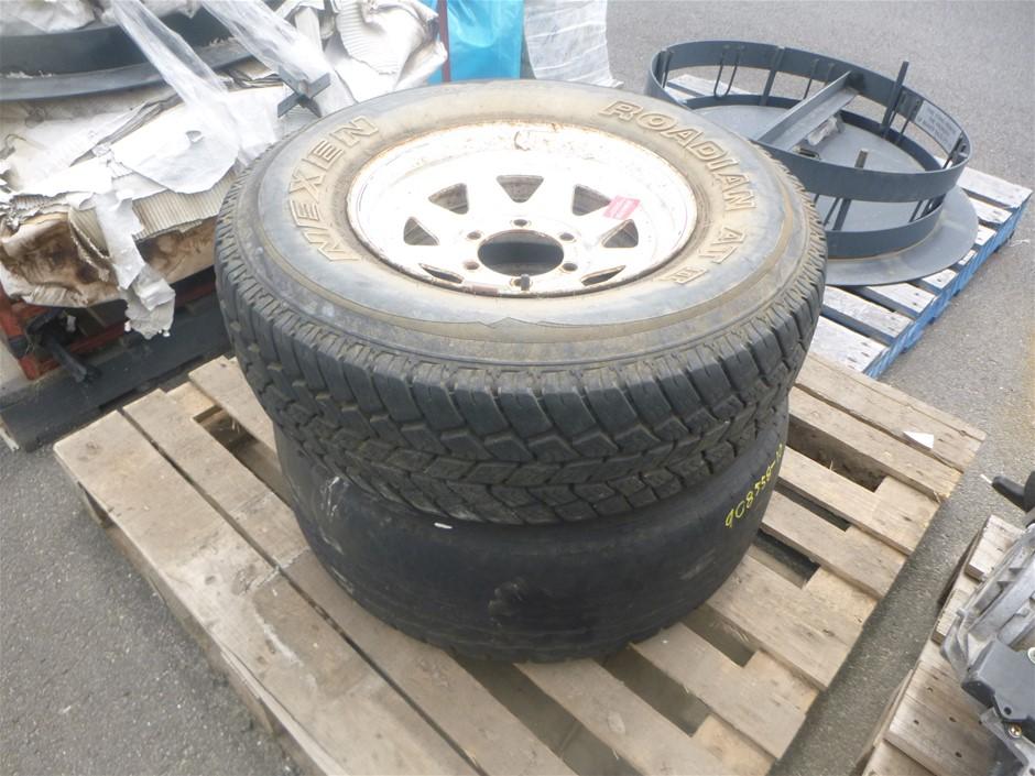 2 x 15 inch 6 Stud Steel Tyres