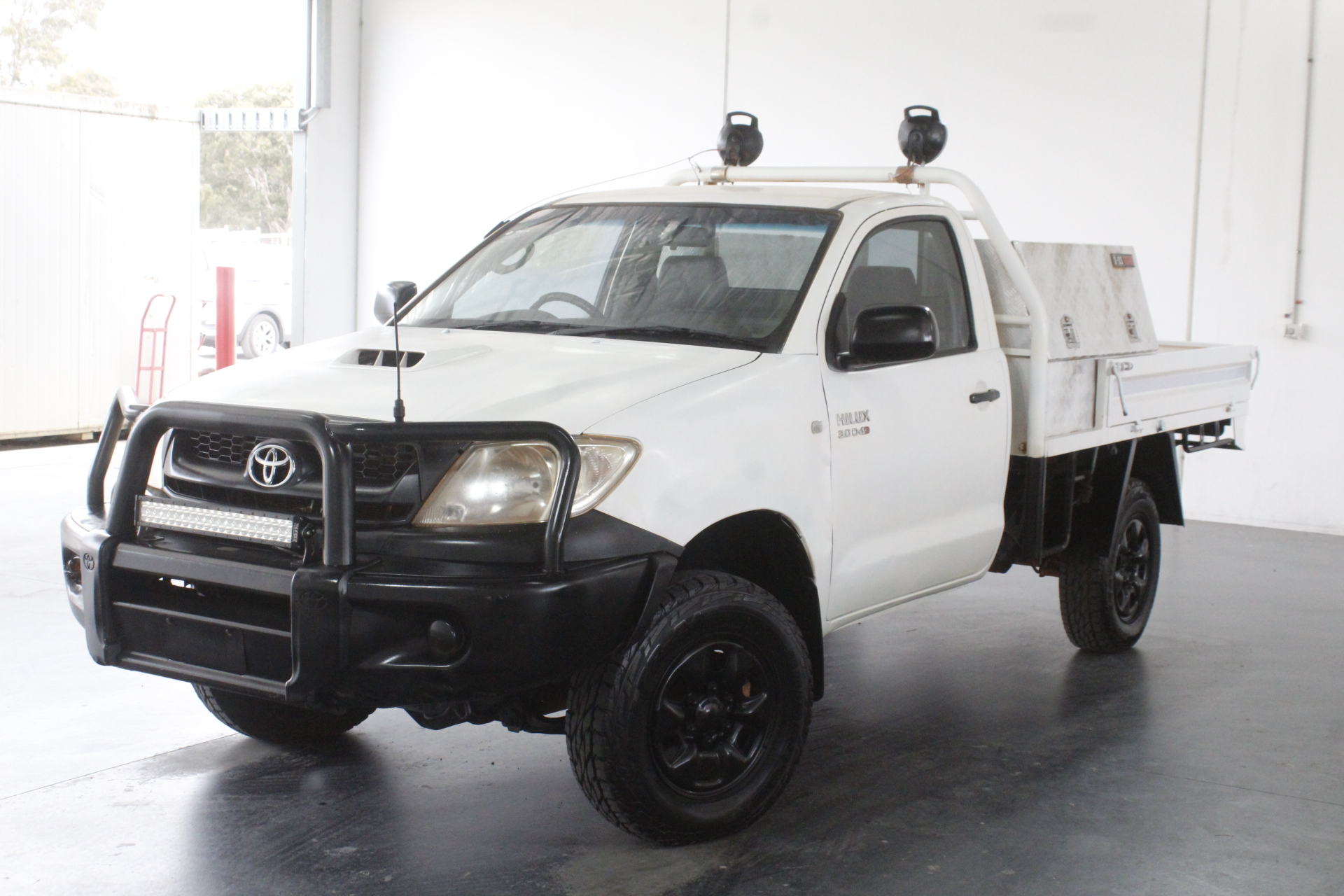 2011 Toyota Hilux SR (4x4) KUN26R Turbo Diesel Manual Cab Chassis