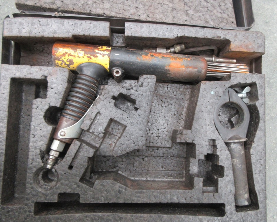 Air Operated Cleaning Guns