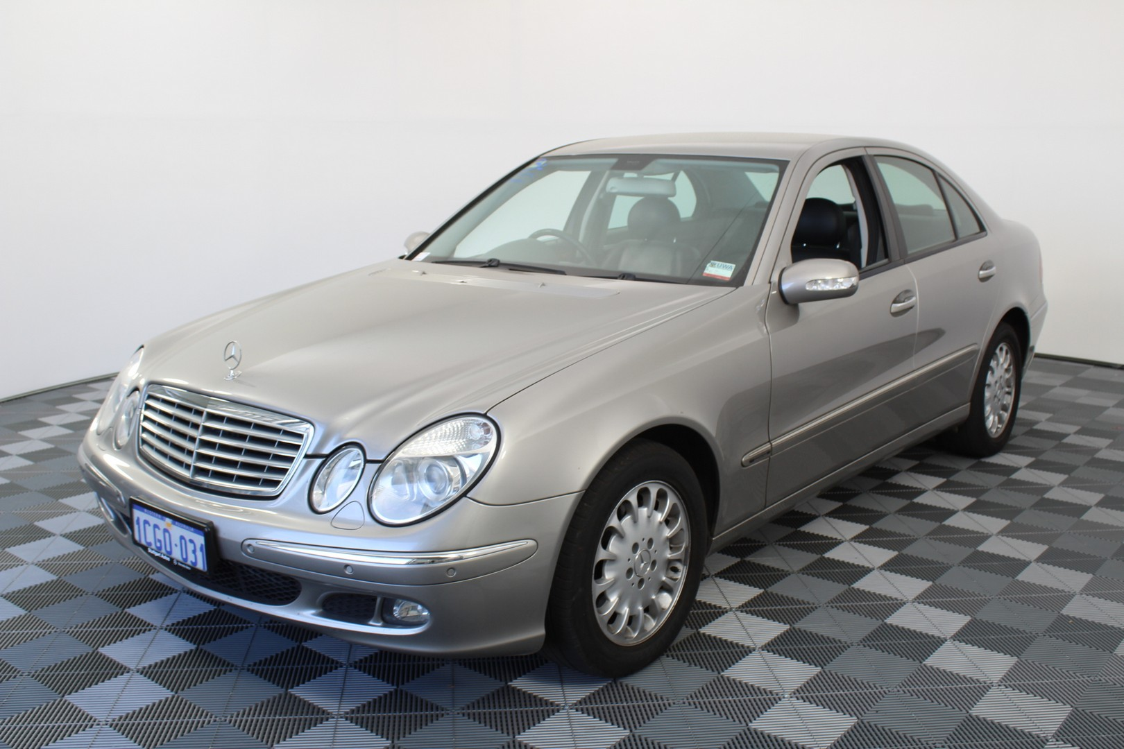 2005 Mercedes Benz E240 Classic W211 Automatic Sedan