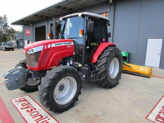 2016 Massey Ferguson 4610 Tractor