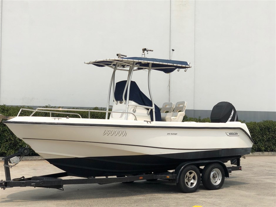 2008 Boston Whaler 210 Outrage Boat 200hp 4 Stroker S/charged Verado 165hrs