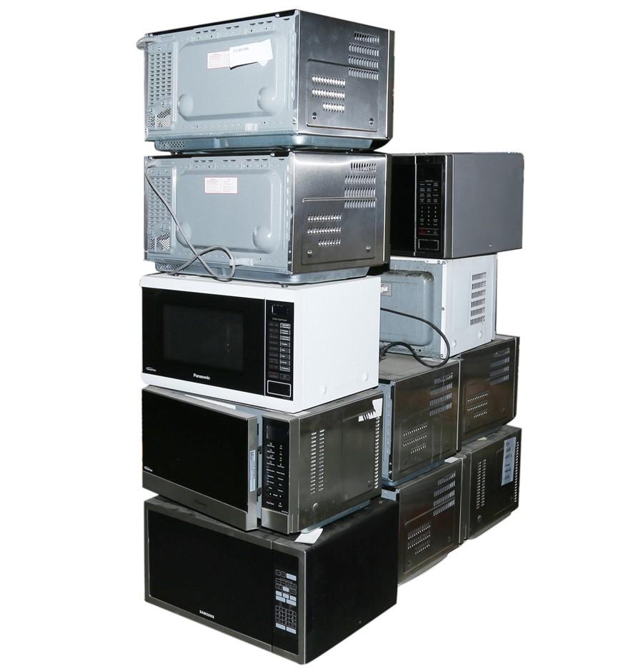 11 x Assorted Microwaves Ovens, PANASONIC & SAMSUNG. N.B. Not working. (SN: