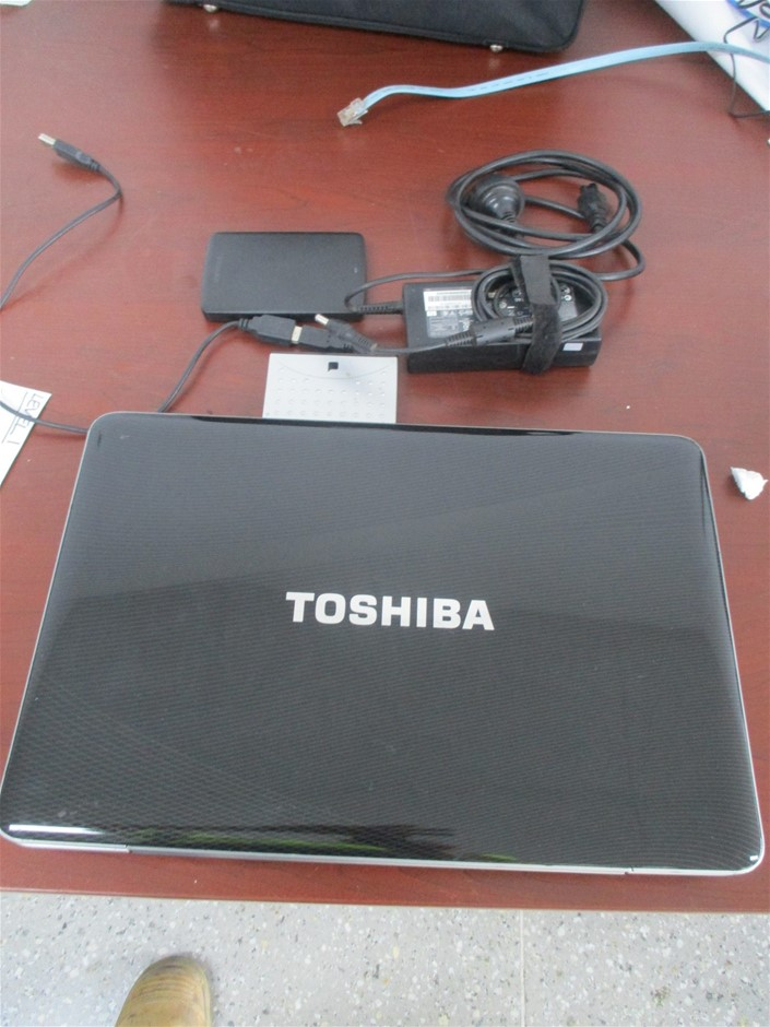 1x Toshiba Laptop Computer
