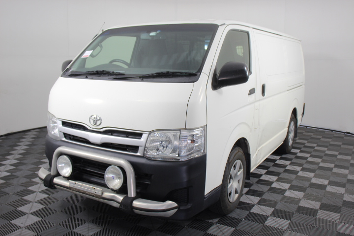 2013 Toyota Hiace LWB 3.0 T/Diesel 185,100 Km's (Service History)
