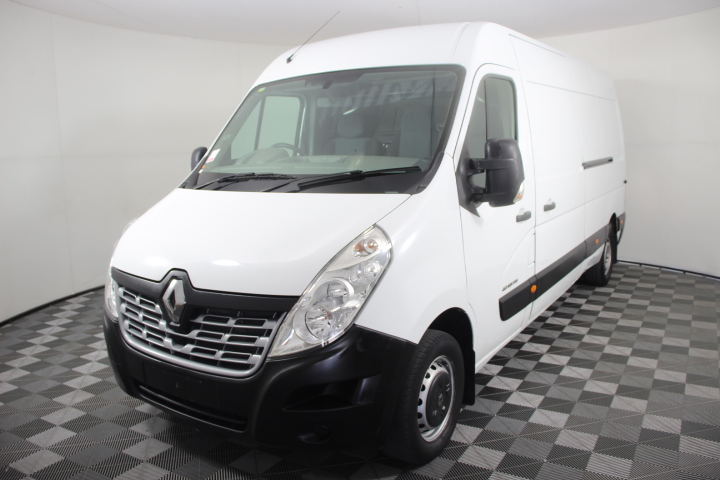 2015 Renault Master LWB Mid Roof Turbo Diesel Van 59,405km