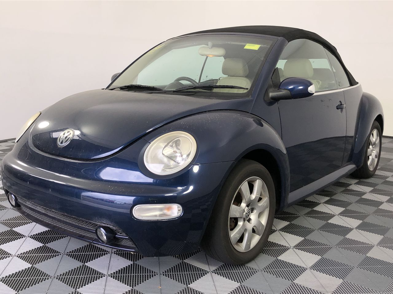 2004 Volkswagen New Beetle 2.0 Cabriolet A4 Manual Convertible