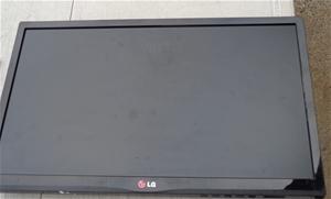 """LG 22"""" LCD Monitor"""