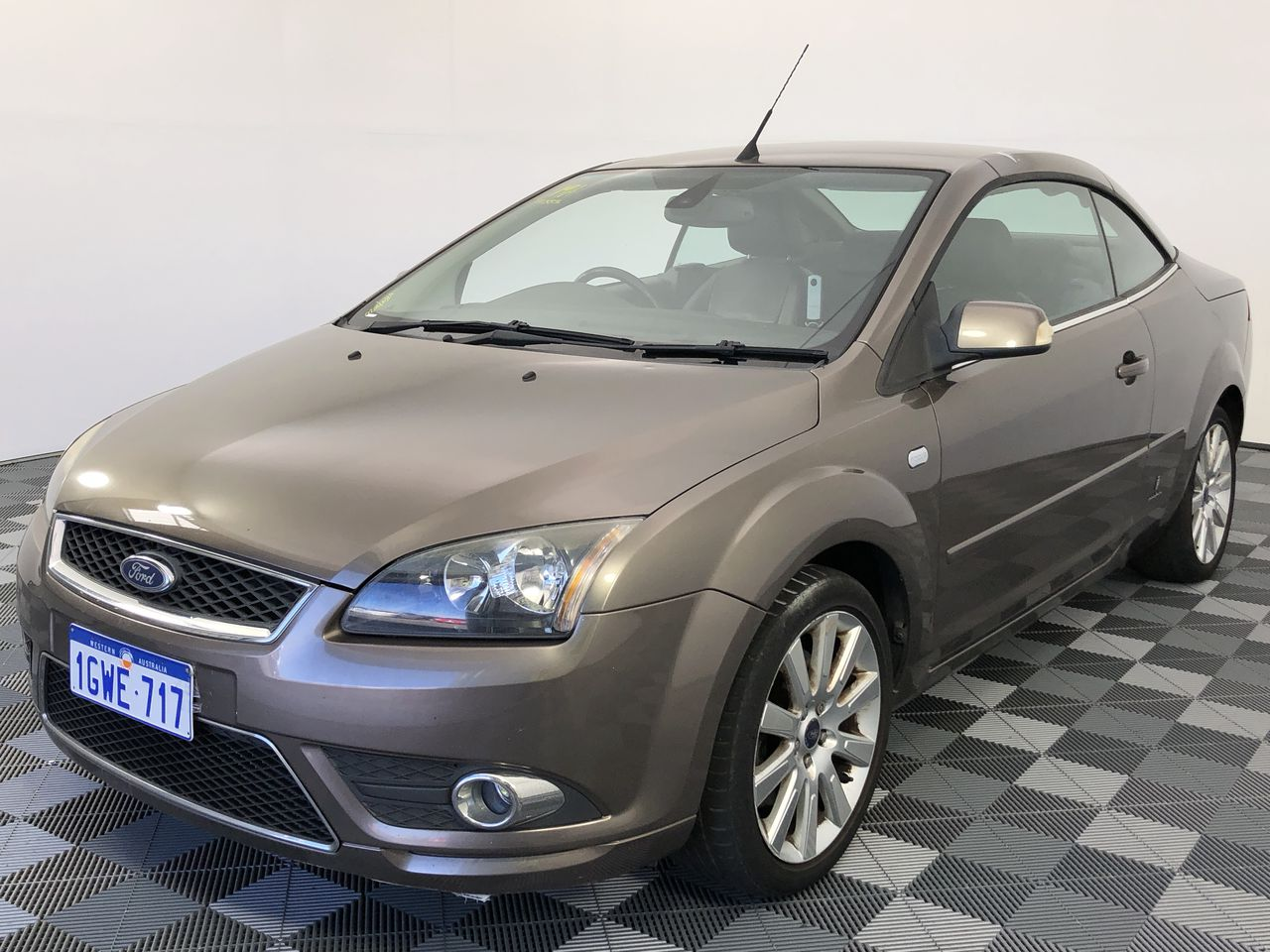 2007 Ford Focus Coupe-Cabriolet LT Automatic Convertible