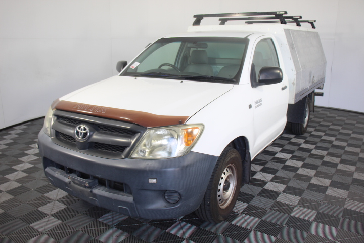 2005 Toyota Hilux Workmate Cab Chassis