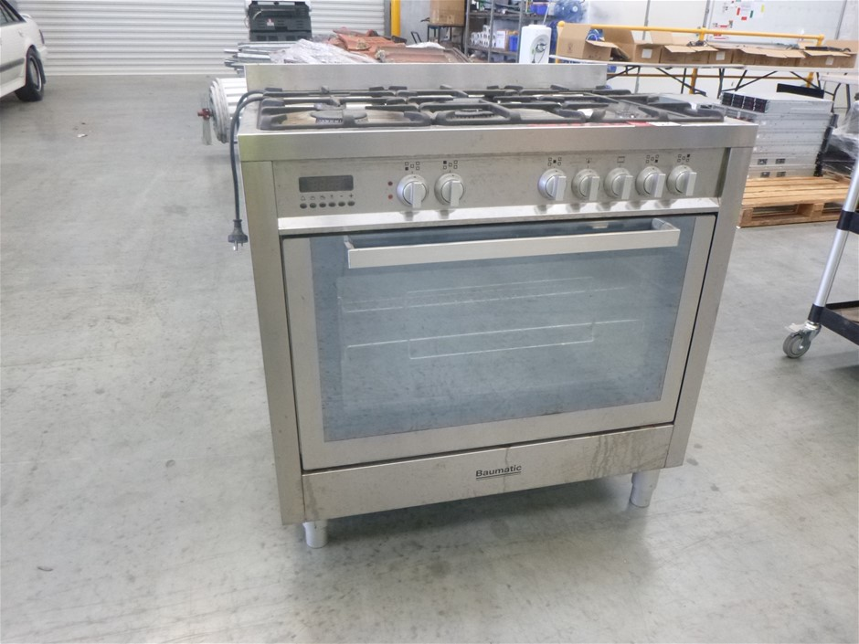 Baumatic Electric Stainless Steel Oven with 5 Burner Gas Cooktop