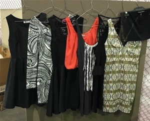A quantity of 7 Women's Dresses & 1 Skir