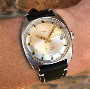 Tidena Vintage Watch, Made in Switzerlan