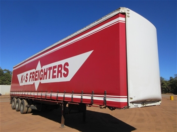 Tri Axle Curtainsider Trailers