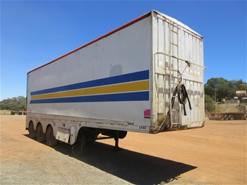 2x Dickinson Tri Axle Walking Floor Trailers