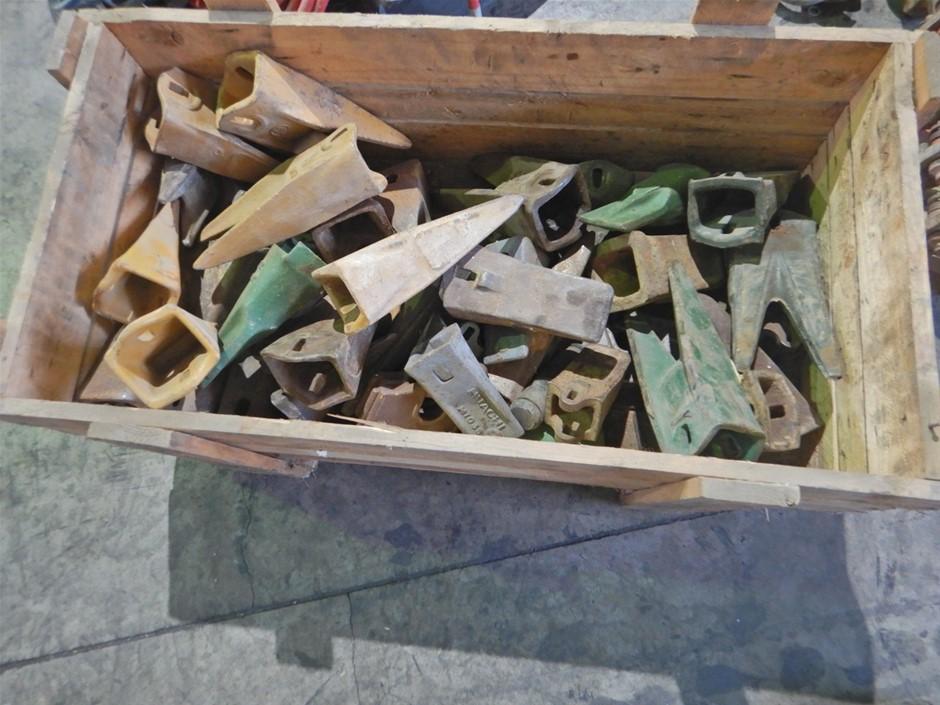 Qty Of Excavator Bucket Teeth (Pooraka, SA)
