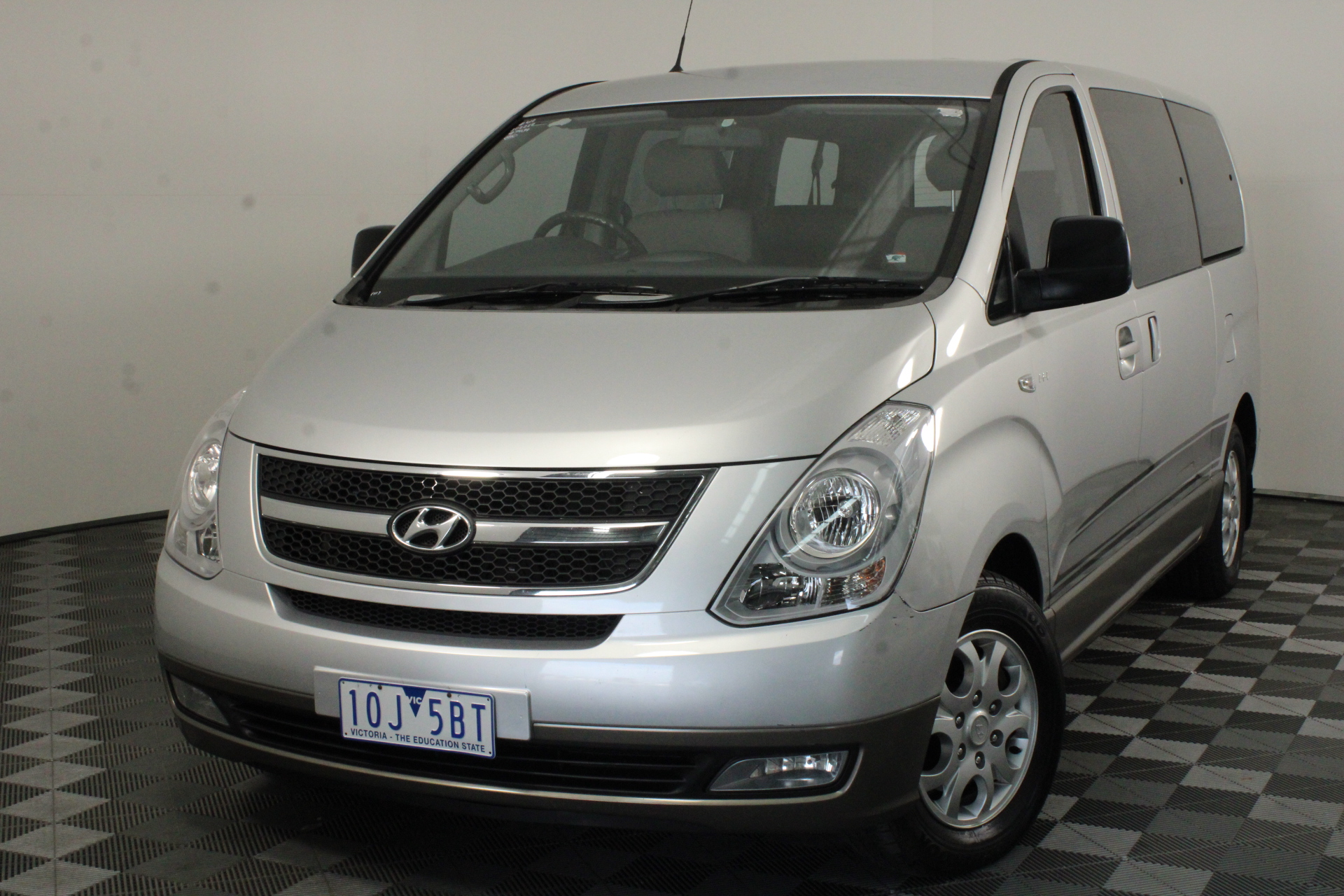 2009 Hyundai iMAX TQ Turbo Diesel Automatic 8 Seats People Mover