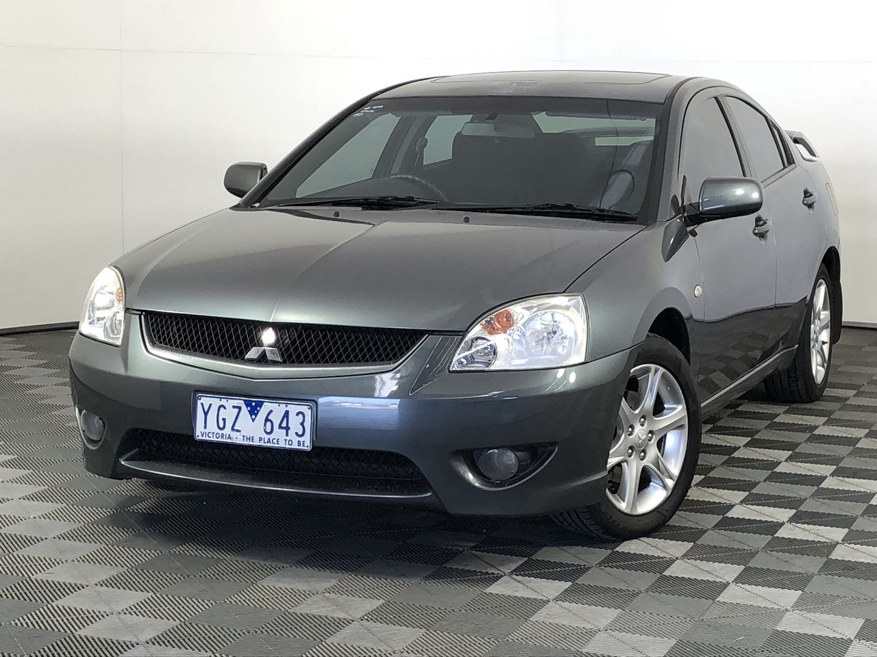 2007 Mitsubishi 380 DB Automatic Sedan