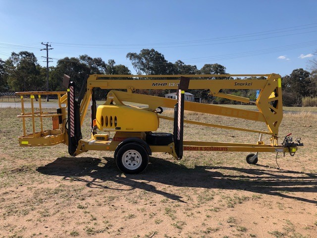 Furneys 2006 Snorkel MHP 13/35 Trailer Mounted Boom Lift
