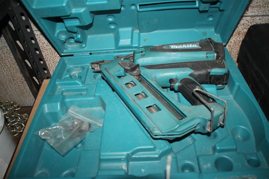 MAKITA Framing Nail Gun