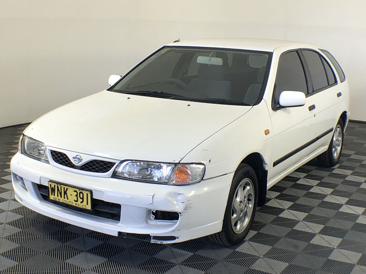 2000 Nissan Pulsar LX N15 Automatic Hatchback