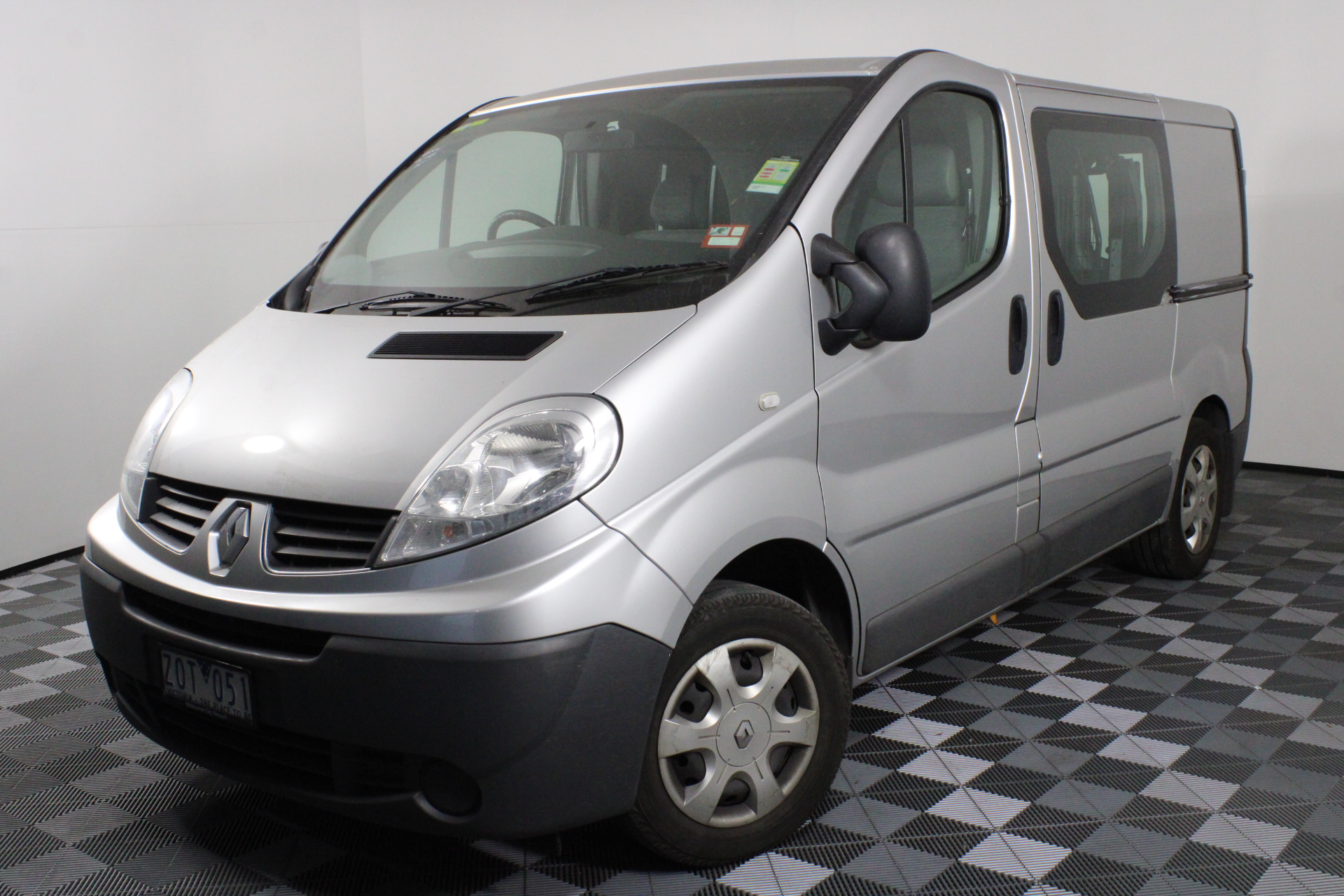 2012 Renault Trafic 2.0 dCi SWB Turbo Diesel Semi Auto Van