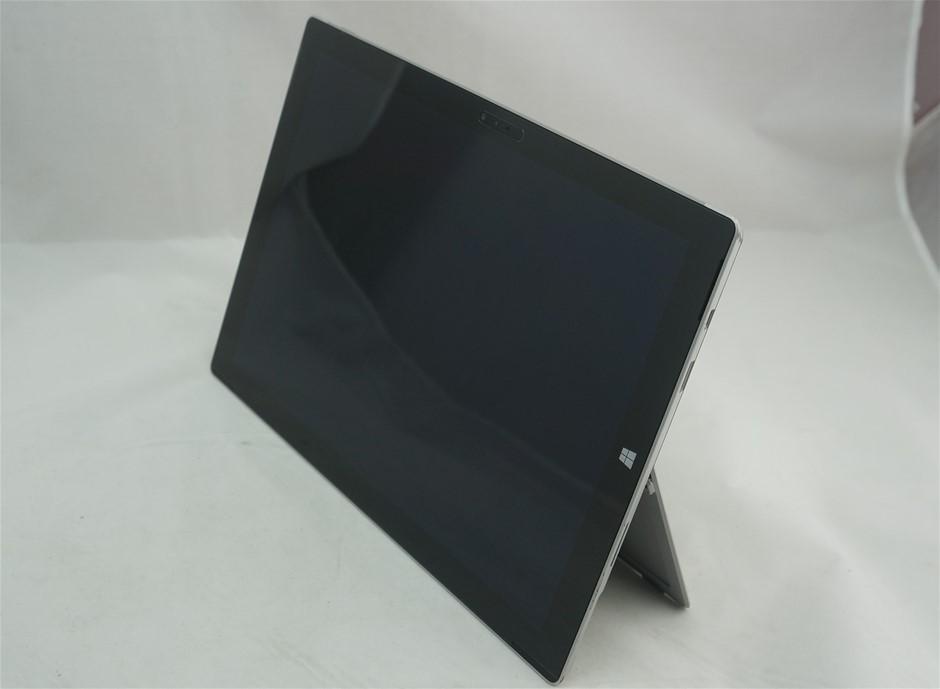 Microsoft Corporation Surface Pro 3 12-inch Notebook, Silver/Black