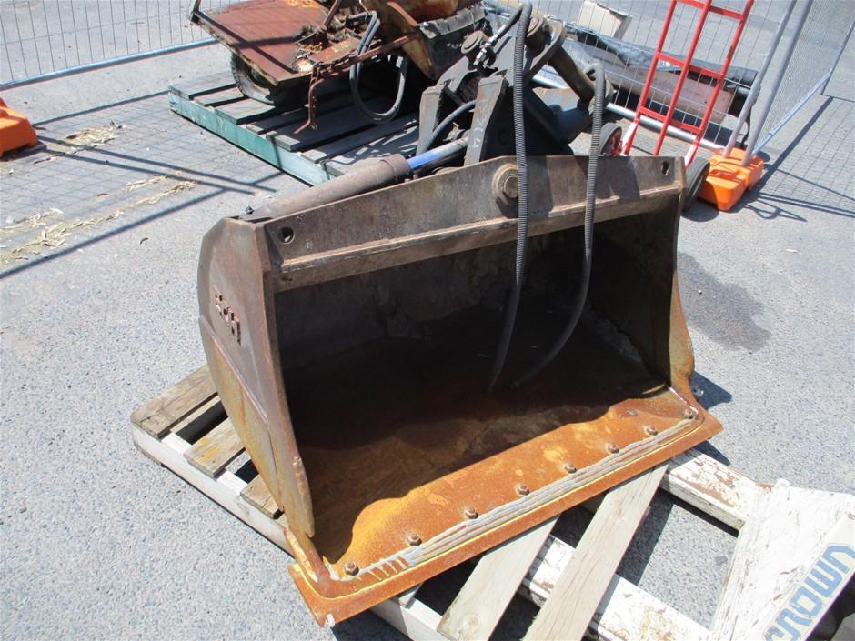 Tilting Mud Bucket to Suit ECR58 Excavator