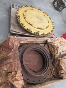 Pallet of 3 CAT Machinery Parts