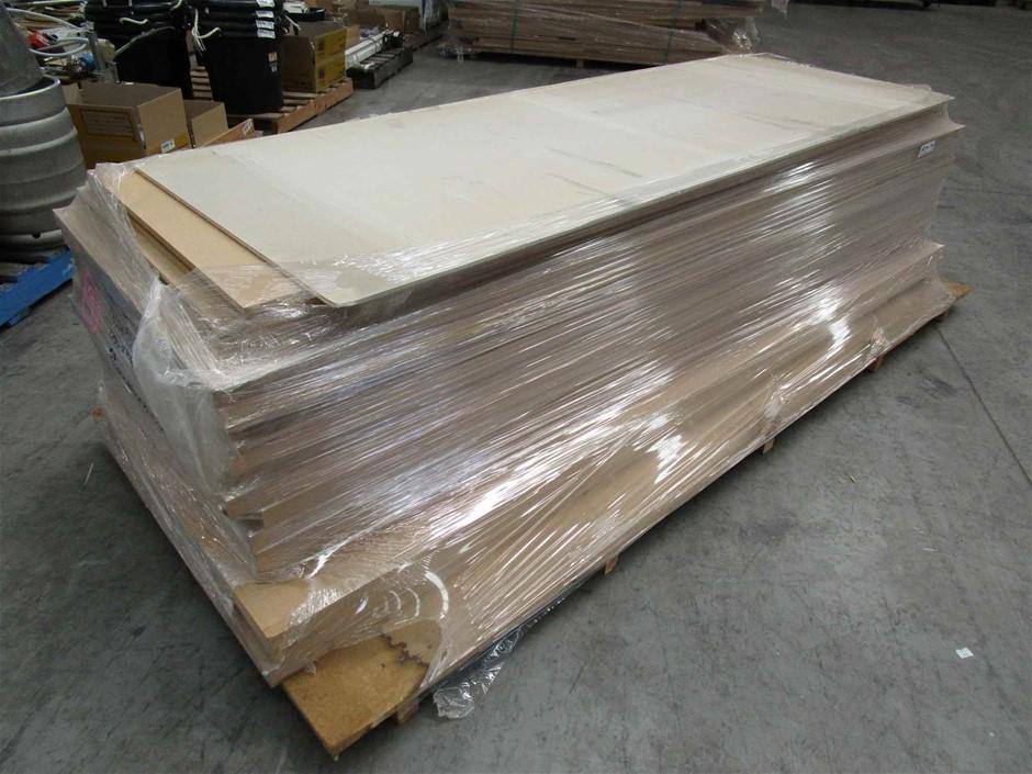 Pallet of 15 x Timber Doors