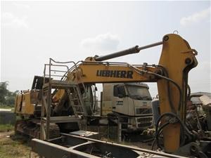 2011 Liebher 944 Hydraulic Excavator wit