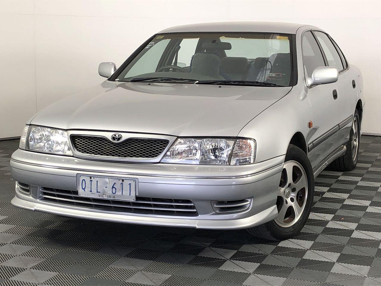 2000 Toyota Avalon CSX MCX10R Automatic Sedan