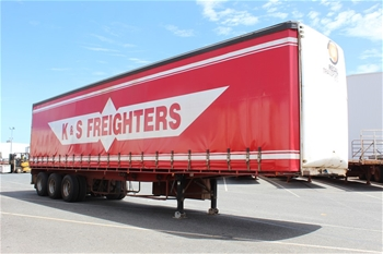 Tri Axle Tautliner Trailers