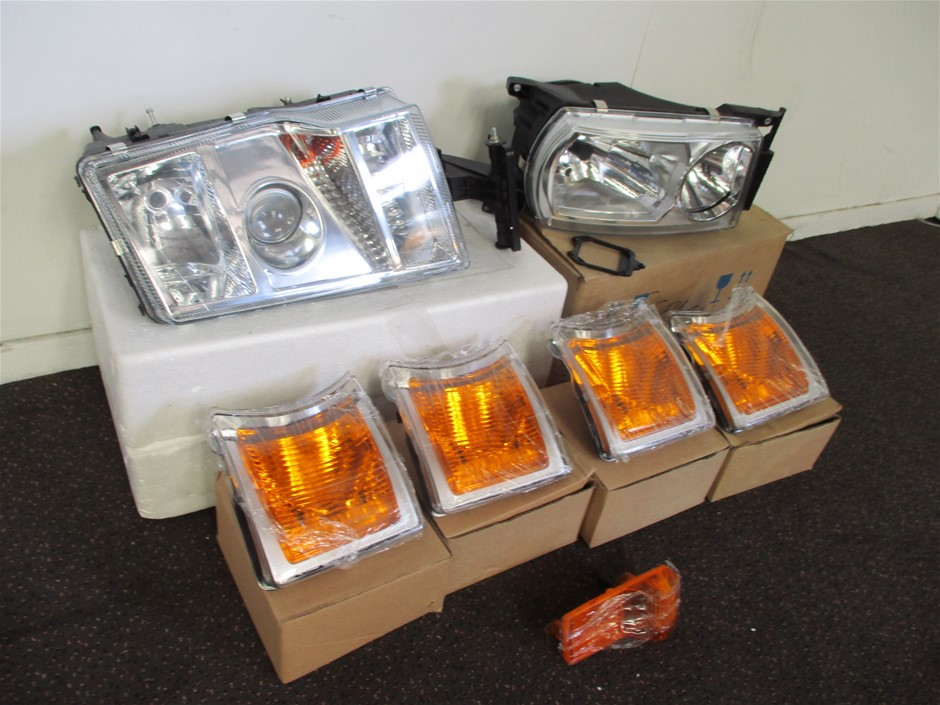 Qty Pallet x Truck Lighting Components