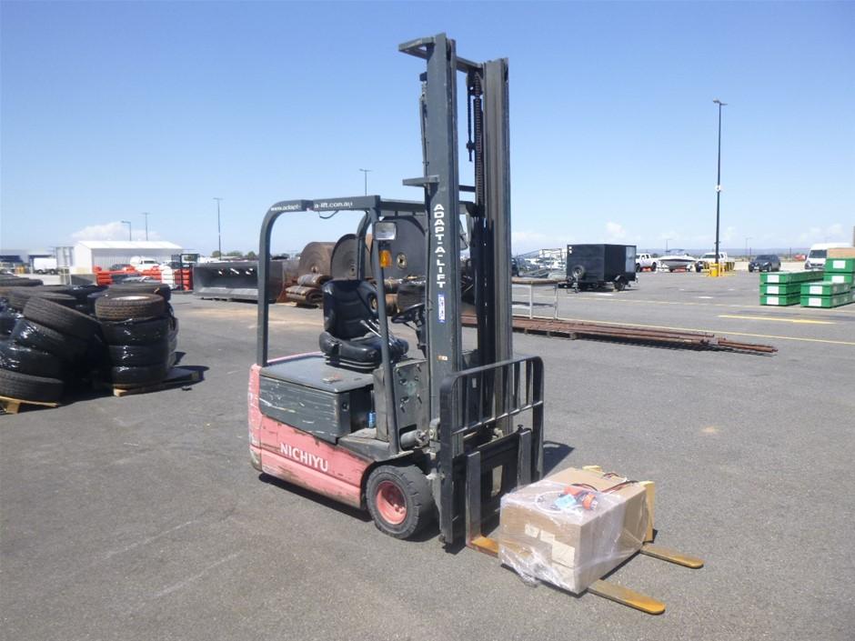 Nichiyu FBT18PN-65BC-500 3-Wheel Counterbalance Forklift