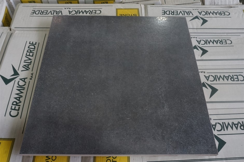 Loft Antracite Polished Tiles (D0598) 1 x Pallet of approximately 42.7m