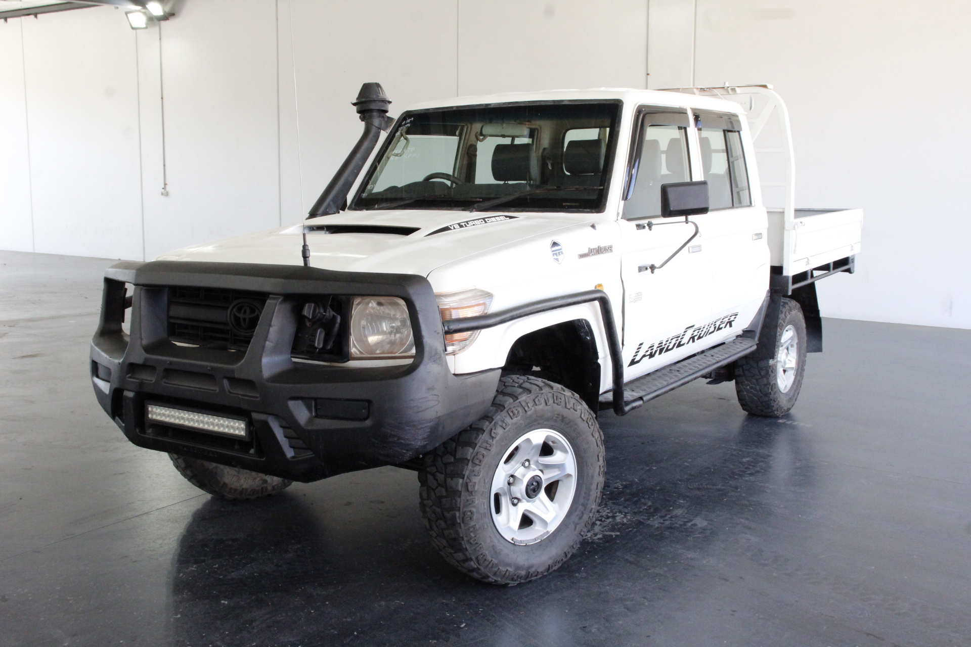 2015 Toyota Landcruiser Workmate (4x4) VDJ79R T/D Manual Crew Cab Chassis