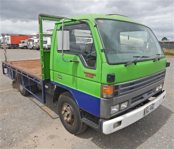 1989 Ford Trader 0409 4x2 Tray Body Truck