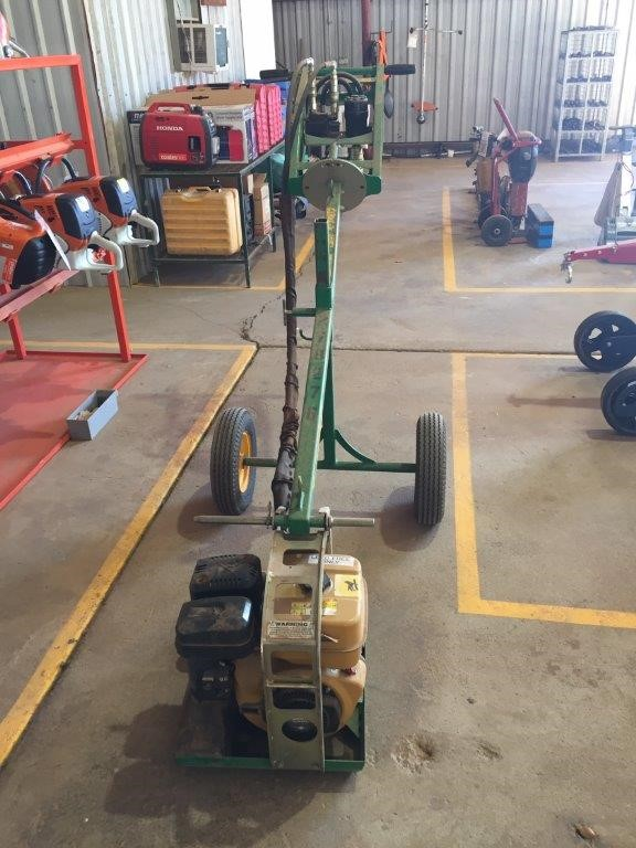 Post Hole Digger - 1 Man - Petrol - RED ROO DHS-5R9