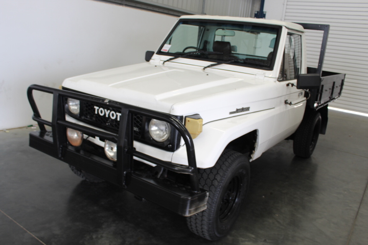 Toyota Landcruiser Manual Cab Chassis