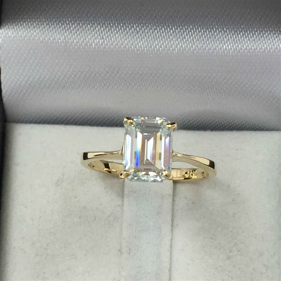 18ct Yellow Gold, 1.85ct Moissanite Ring