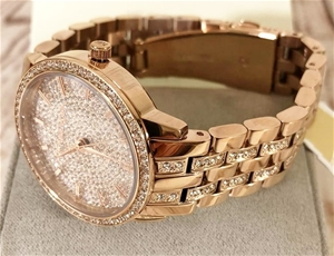 Ladies new Michael Kors gold plated Cout