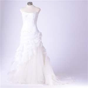 Alfred Angelo Diamond Ivory Strapless Wedding Dress With Zip Up Back