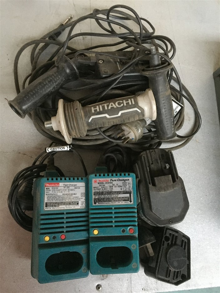 2x Makita Fast Charges & Sundre Items